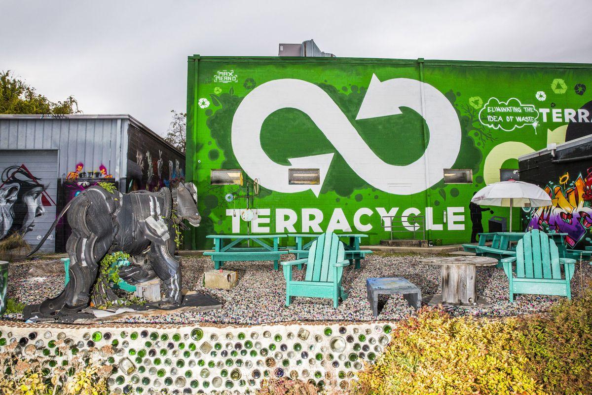 TerraCycle, l'azienda in grado di dare una nuova vita a qualsiasi tipo di rifiuto