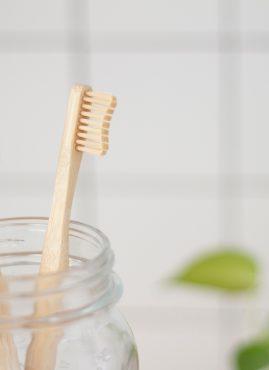 Autoproduzione: dentifricio fatto in casa
